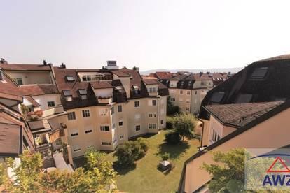 Moderne Wohnung mit ZWEI Terrassen und Platz für DREI