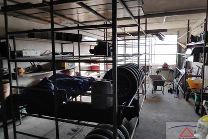 Gewerbebetrieb mit Wohnungen, Werkstatt und Wohnungen
