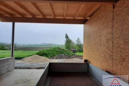 Rohbauhaus mit ca. 1030 m² Grundstücksfläche!
