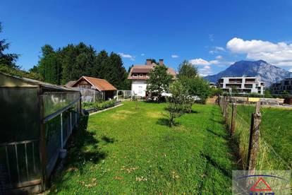Schöne Villa auf ca. 1600 m² Grund!