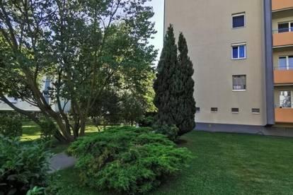 RUHIGE 3-Zimmer Wohnung im Grünen