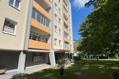 Ruhige 3 Zimmer Wohnung mit Gemeinschaftsgarten