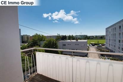 Helle und neu renovierte 3-Zimmer-Wohnung in Kleinmünchen zu vermieten!