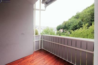 2 Zimmerwohnung mit Loggia in ruhiger Lage - ab sofort verfügbar