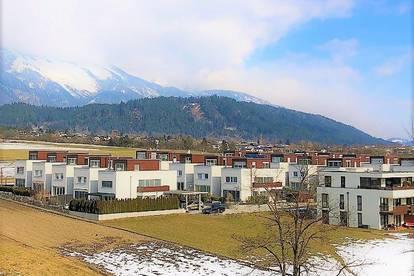 helle 2-Zimmer-Wohnung mit Balkon in Schönegg