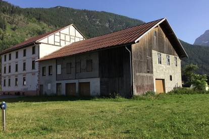 RESERVIERT -   Liegenschaft mit Potenzial - Bauland mit Altbestand und Grünland sucht Investor und oder Bauer
