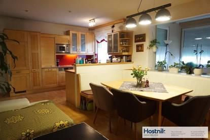 4 Zimmer Wohnung mit Loggia und Tiefgarage!