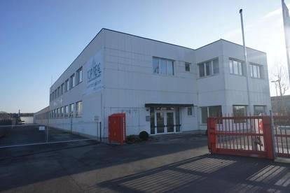 Lager-, Verkauf-, Garagen und Büroflächen an der B309 in Steyr / Dietach