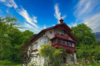 Generalsanierte 2 Zimmer-Dachgeschoßwohnung in traumhafter Villa in Innsbruck / Mühlau