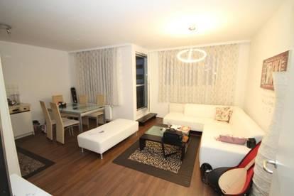 Schöne 2-Zimmer Wohnung mit Loggia und Flachdach