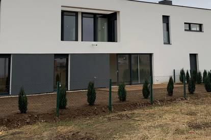4 Zimmer-Gartenwohnung-Erstbezug