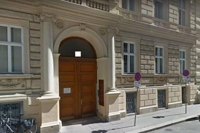 Sehr repräsentative, generalsanierte Wohnung-Praxis-Büro-zentrumsnah und vollklimatisiert!