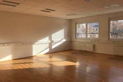 Büro mit Atmosphäre!!! Sehr schöne und gepflegte Bürofläche in gut frequentierter Lage