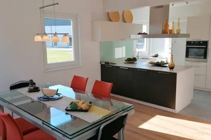 Doppelhaushälfte-Raumaufteilung und Ausstattung nach Ihrer Vorstellung!