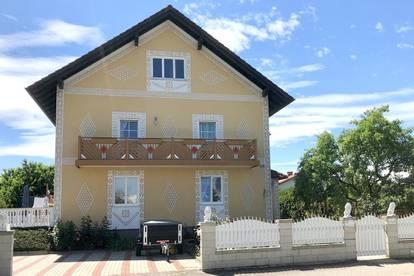 Wunderschöne Doppelhaushälfte in ruhiger Siedlungslage
