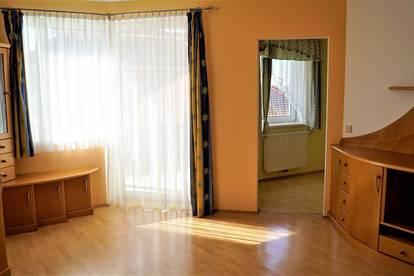 Gut aufgeteilte 4 Zimmer Wohnung