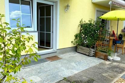 Schöne 2 Zimmer Wohnung mit Terrasse