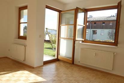 Provisionsfrei Erdgeschosswohnung mit Terrasse 2 Zimmer Top 8