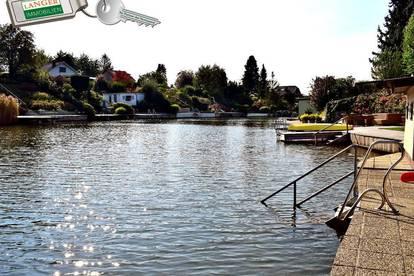 Seehaus in 1. Reihe mit eigenem Steg!!!