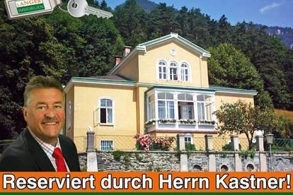 Herr Kastner hat die kaiserliche Villa bereits reserviert!