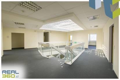 Supergünstige 2-geschoßige Bürofläche im LENTIA City Center zu vermieten!