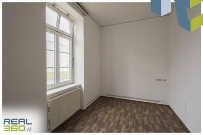 Tolles Büro mit Lager/Garage auf ca. 160m² in Linz mit Parkplätzen zu vermieten!!