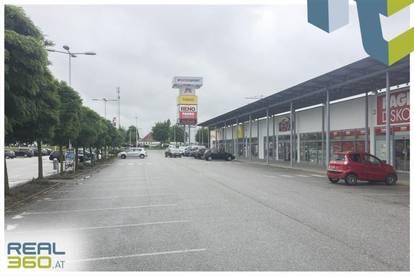 Geschäftsfläche mit ca. 394,74m² in der Fachmarktzentrum Tumeltsham zu vermieten!
