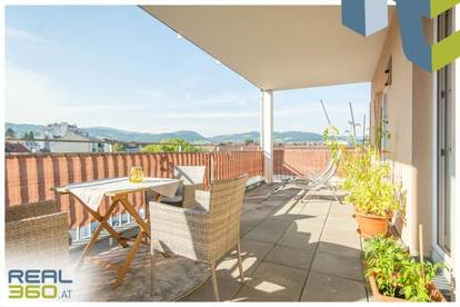 Terrassenwohnung mit zusätzlicher Loggia und riesigem Wohnzimmer!