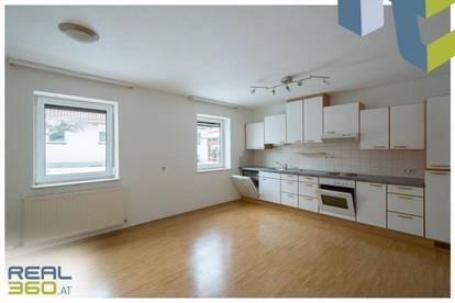 Grüne Ruhelage - EG-Wohnung mit 2 Schlafzimmer zu vermieten!!