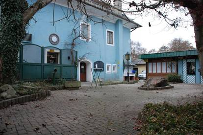 Restaurant mit Grundstück und Doppelgarage. In Paternion.