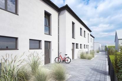 PROVISIONSFREI: Neu errichtete Reihenhäuser mit Terrasse, Garten und 2 Stellplätzen
