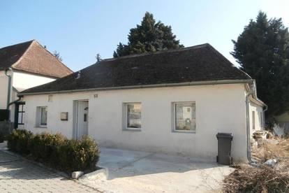 Staatz-Kautendorf: Kleines Landhaus am Fuße des Staatzer-Berges