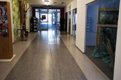 Mistelbach Zentrum: Geschäftslokal - M-Passage