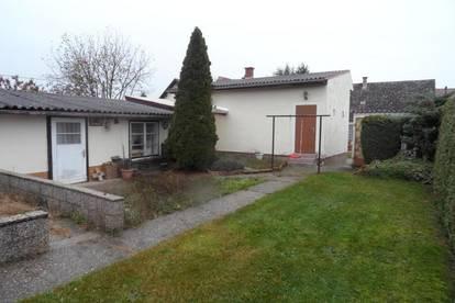 Untersiebenbrunn: Im Herzen des Marchfeldes - Wohnhaus mit zwei Wohneinheiten