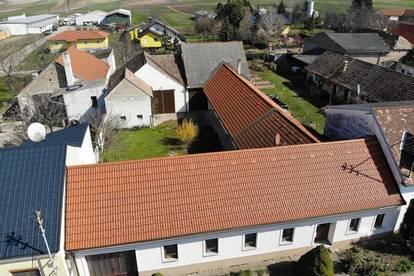 Neuruppersdorf: Landhaus mit zwei Stadeln