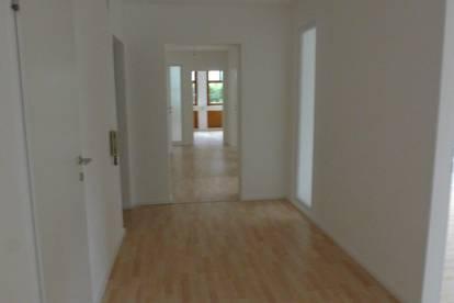Gewerberäumlichkeiten - Büro - Praxis in Bergheim - inkl. BK und Strom
