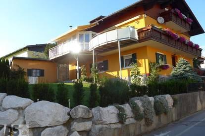 Tolles Renditeobjekt in Seekirchen: 3-Fam.Haus mit 3 Garagen, herrliche, zentrale Lage, sonnig ruhig
