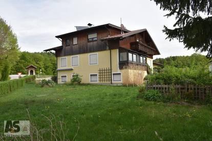 2-Fam-Haus in Eggelsberg nahe Oberndorf, 1.300m² Grund, Keller, 3 Garagen,ruhige u.sonnige Naturlage