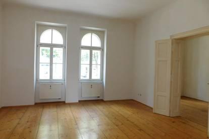 Zentrale 3-Zimmer-Altbau-Wohnung