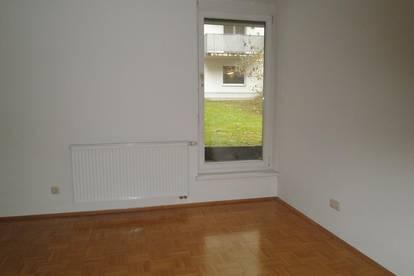 Nette, kleine Wohnung mit Terrasse