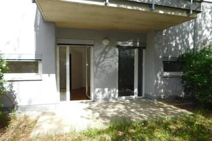 Sonnige Garten-Wohnung mit 2 kleinen Zimmern