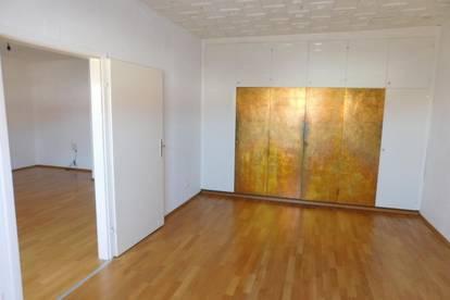 Single/Pärchen-Wohnung in zentraler Hoflage