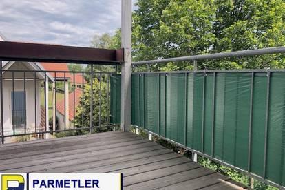 4-Zimmerwohnung mit großzügigem Balkon, Garten und Garage