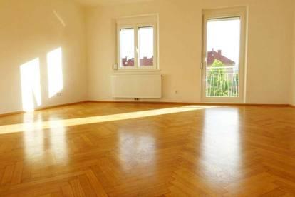 Geidorf: WG-taugliche, gepflegte, sonnige Wohnung mit Balkon