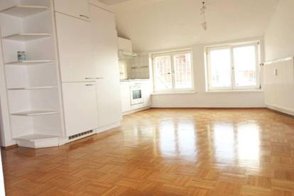 WG-taugliche 3 Zimmerwohnung in zentraler Lage - Nähe Schillerplatz