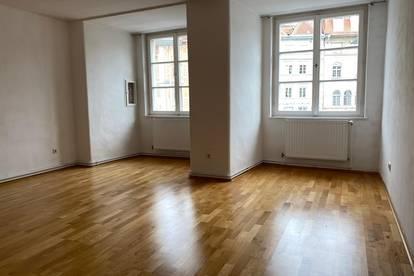 66m² große Wohnung mit Blick auf den Hauptplatz - Provisionsfrei!