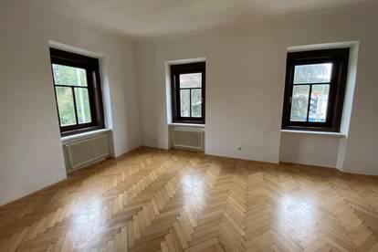 4 Zimmerwohnung in Uni-Nähe (3er-WG tauglich)
