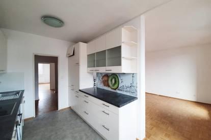3 Zimmer Wohnung mit Loggia & Privatpark - PROVISONSFREI - ab sofort