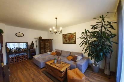 3 Zimmer HIT für Pärchen, Familien oder WGs mit Loggia & Privatpark - PROVISONSFREI - ab 01.05.2020