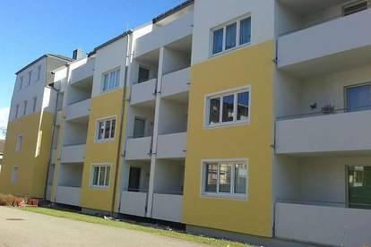Geräumige 3-Zimmer Wohnung mit Loggia in bekannter Wohnlage in Ried